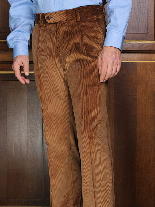 Pantalon à pinces Velours marron PV108